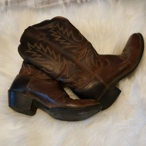 Ariat Brown Round Toe Cowgirl Boot 5.5